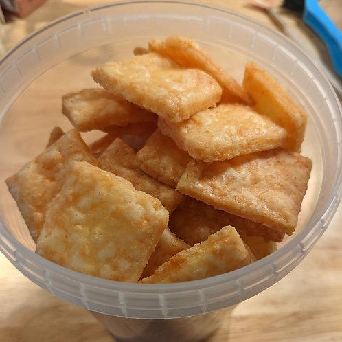 cheddar crackers (6oz)