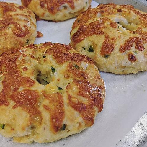 Jalapeno Cheddar Bagels (4)