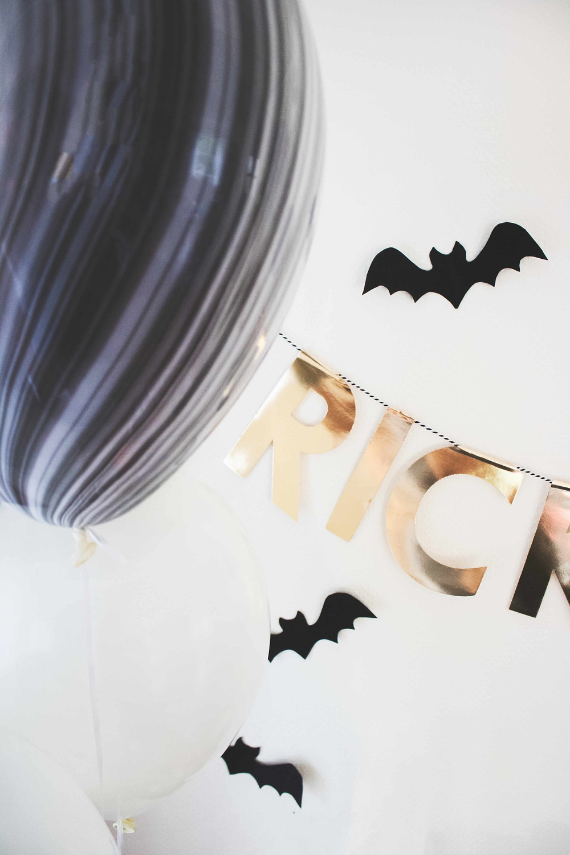 Halloween, Kürbis, Deko, Bar, Buffet, Deko Ideen, Party aus der Box, Skelett, Trick or Treat, Halloweendeko, Halloween 2019, Halloween 2020