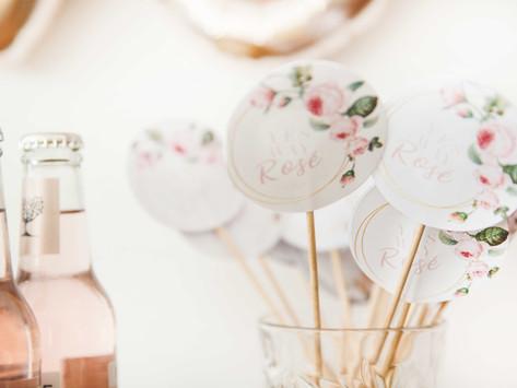 Roses are a girl's best friend! FREEBIES für ein Rosenfest