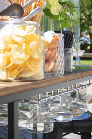 Horst, Sektempfang, Horst on Tour, Hochzeit, mobile Bar, Pop up Bar, Foodtruck, Barkeeper, München, Standesamt, Kirche, Neubiberg