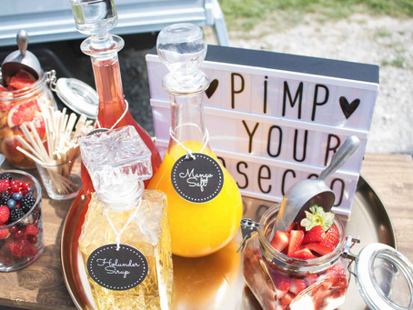 Sommer-Hochzeit mit Mimosa-Bar