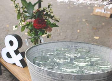 Horst, Sektempfang, Horst on Tour, Hochzeit, mobile Bar, Pop up Bar, Foodtruck, Barkeeper, München, Standesamt, kirchliche Trauung, Kirche, Rosenheim