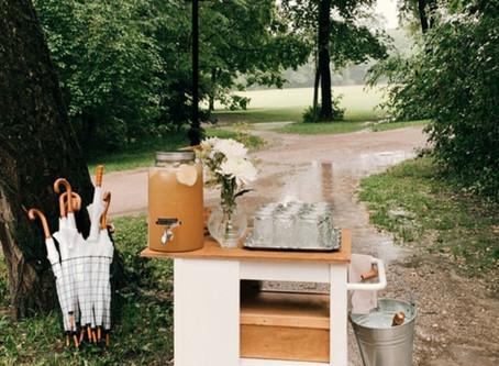 """""""... it's like rain on your wedding day ..."""" - Premiere mit unserem Barwagen im Englischen Garten"""