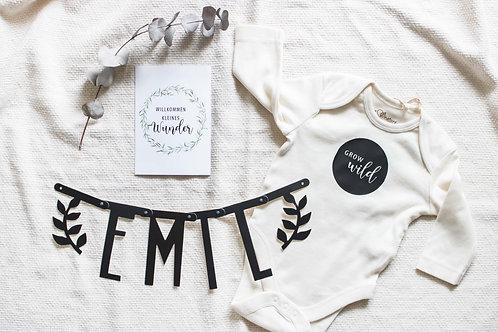 Newborn, Geschenkidee, Geburtsgeschenk, Geschenk zur Geburt, Hello World, Babygeschenk, personalisiert