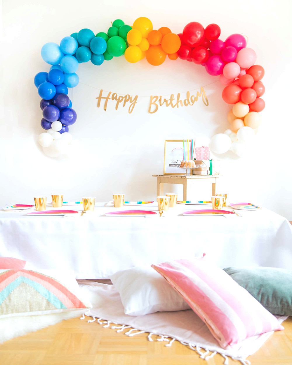 Kindergeburtstag, Kinderparty, Regenbogenparty, Rainbow, Partydeko, Party aus der Box, Party in a box, Kinderparty, Geburtstagsfeier