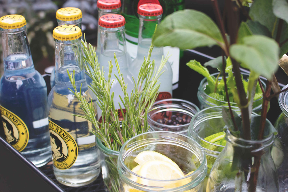 Horst, Sektempfang, Horst on Tour, Hochzeit, mobile Bar, Pop up Bar, Foodtruck, Barkeeper, München, Standesamt, Kirche, Ammersee
