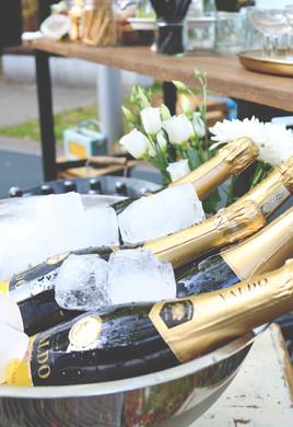 Horst, Sektempfang, Horst on Tour, Hochzeit, mobile Bar, Pop up Bar, Foodtruck, Barkeeper, München, Standesamt, Kirche, Pasing, Standesamt Pasing