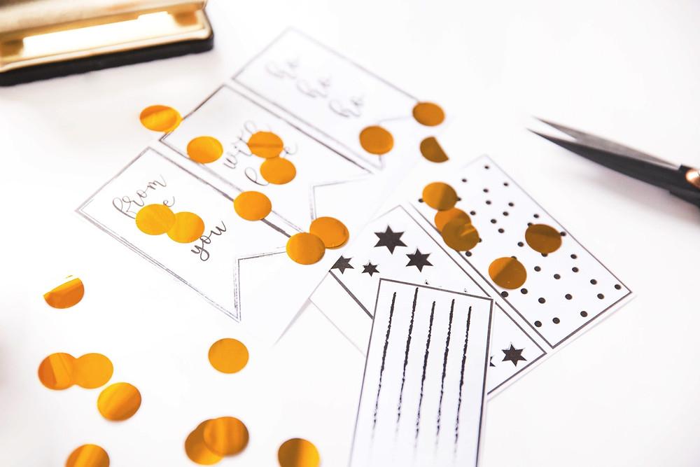 DIY, Tutorial, Last Minute, Partyhacks, Weihnachten, Freebies, Printables, Xmas, Giftwrapping, Geschenkpapier, Geschenkanhänger, Gift tags