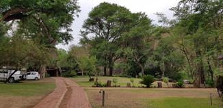 Zenzele River Lodge Parking
