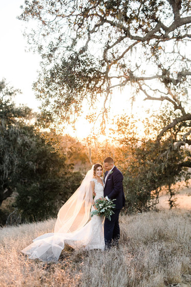Gainey-Vineyard-sunset-wedding-photos_04