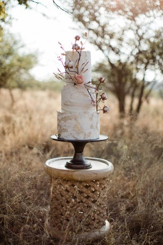 Ultra-Stylish-Wedding-Inspiration-From-T