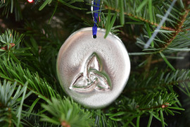 'Trinity Knot' pewter ornament