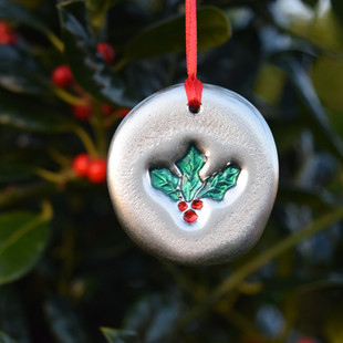 'Holly' pewter ornament