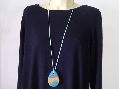 Paddle Pendant Necklace 1