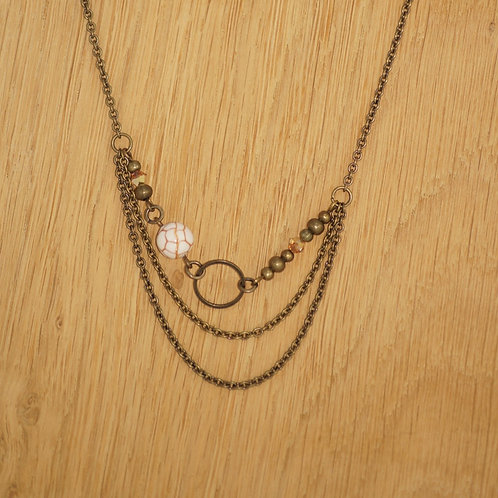 Collier 38