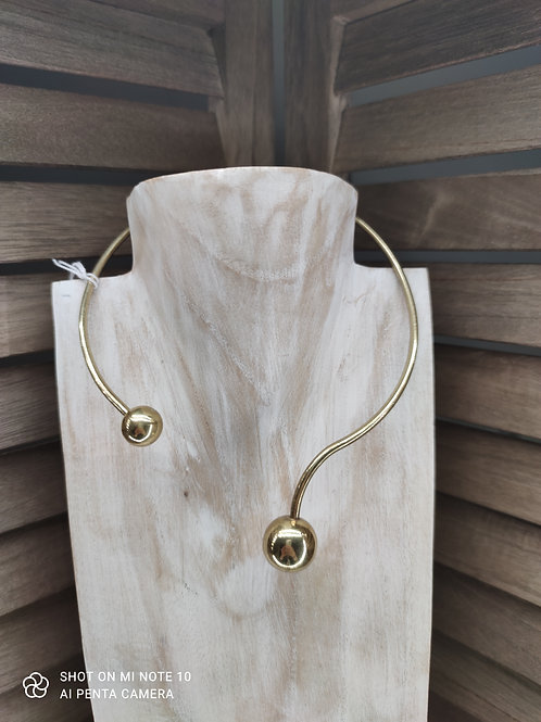 Collier 34
