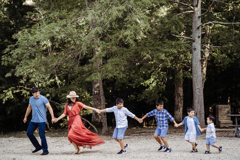 Family session with 4 little boys || Hocking hills, OH