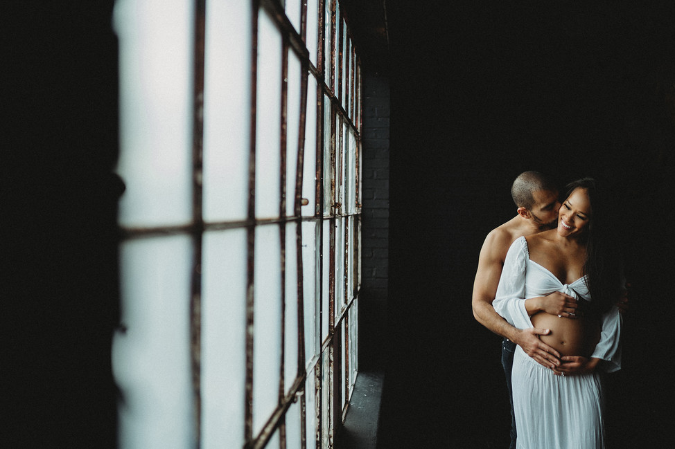 Maternity Session at Lion and Ram studio || Cincinnati, OH