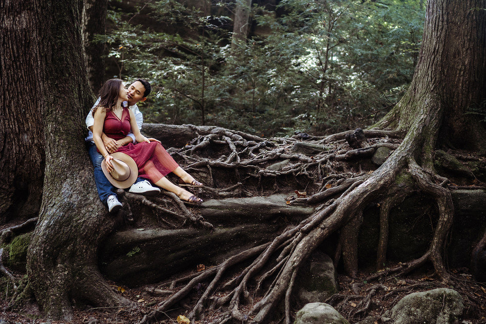 Miras + Dilyara || Engagement session, Hocking Hills, Old Man's Cave