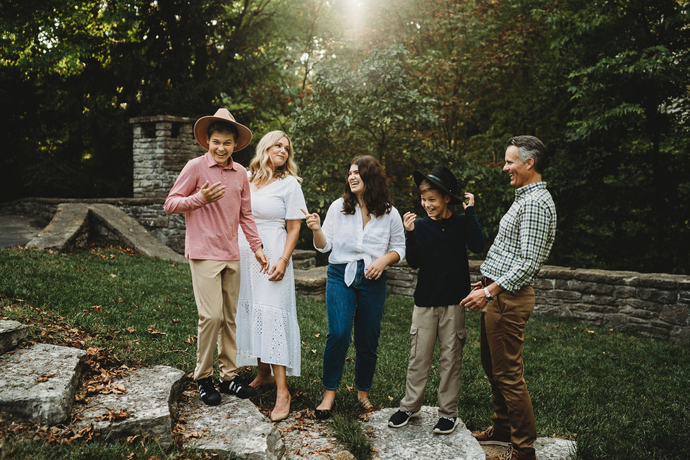 Madsen Family Lifestyle Family Session || Hyde Park, Cincinnati