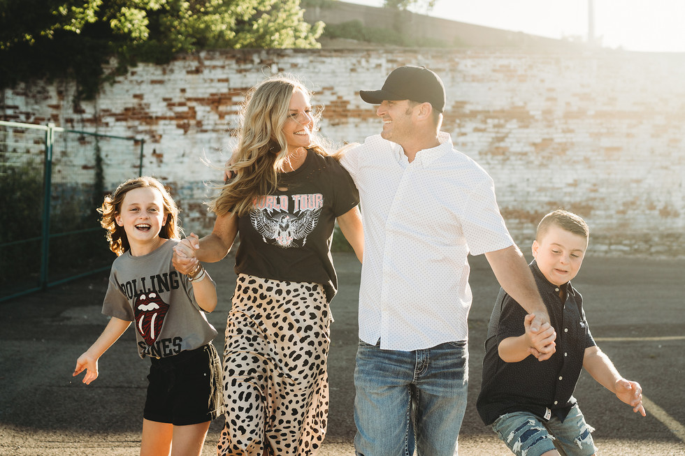 Shannon Burns Family Session || Covington, KY