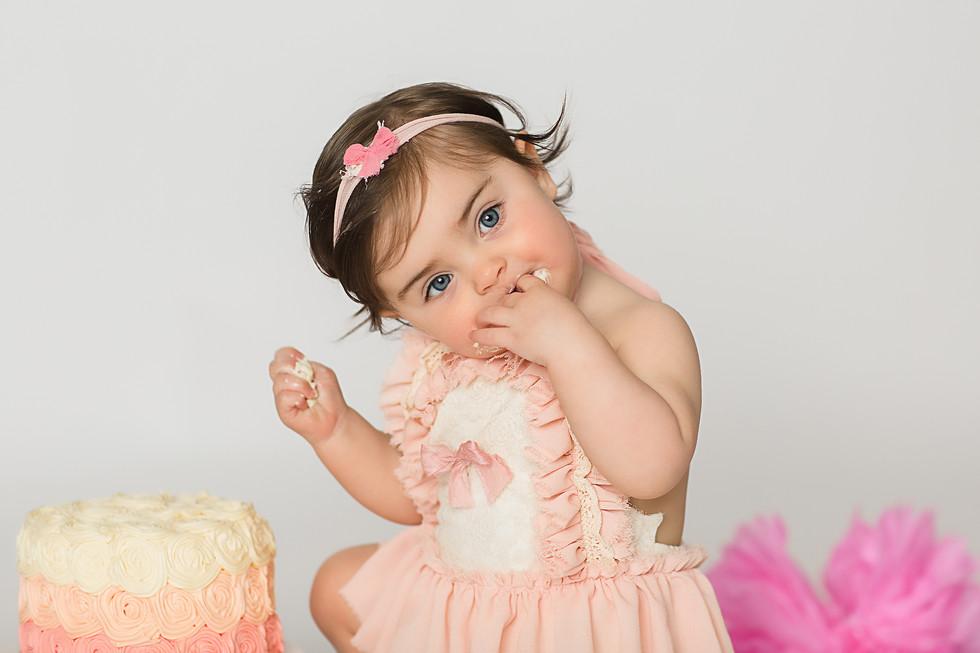 Baby Charlotte || Cake Smash, Cincinnati
