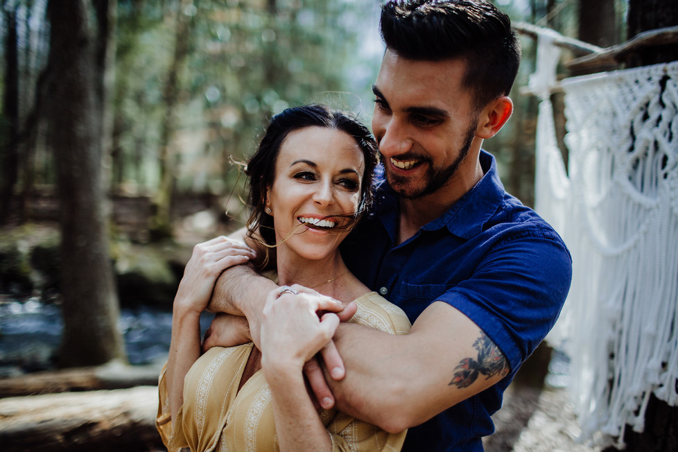Zach + Adrienne || Tennessee, Engagement session