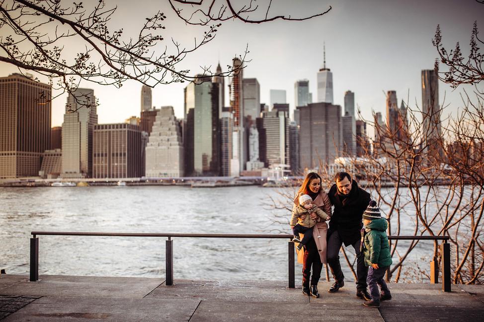 Stelmah Family || NYC, Brooklyn Bridge