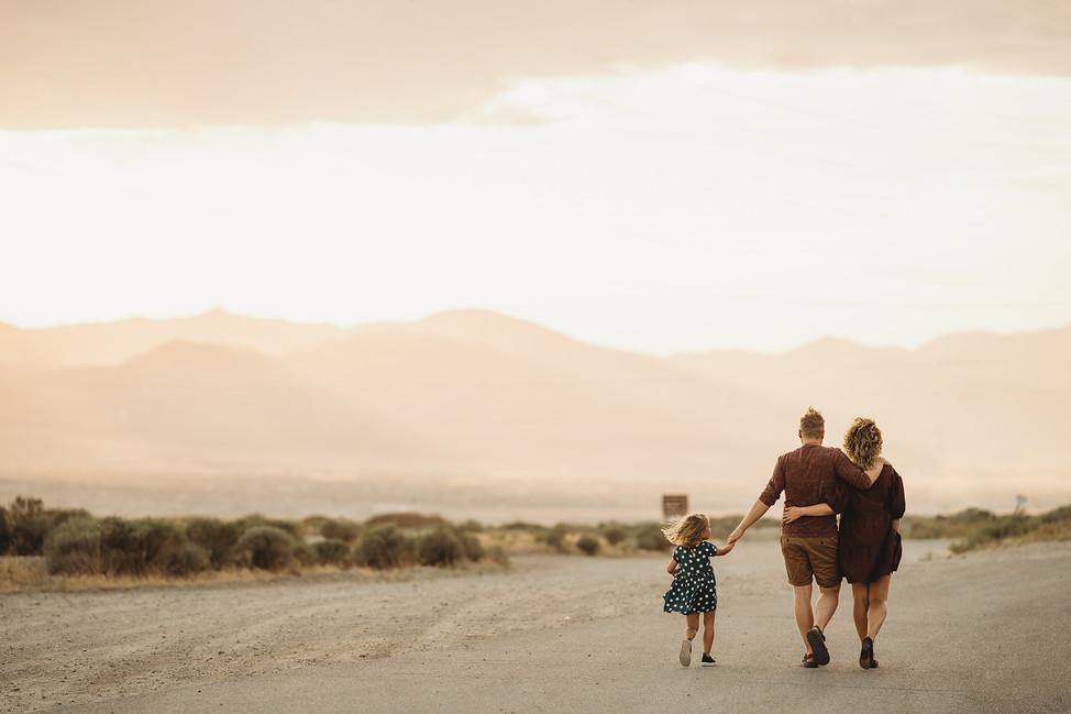 Anna, Nik and Pyush! Lifestyle family session || Salt Lake City, Utah