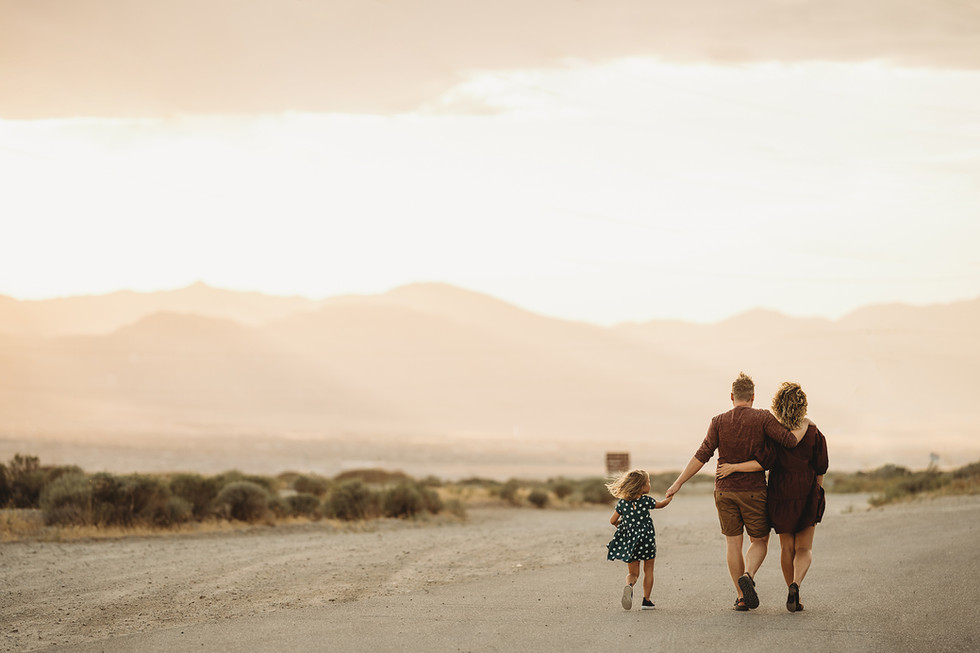 Anna, Nik and Pyush! Lifestyle family session || Salt Lake City, Utah