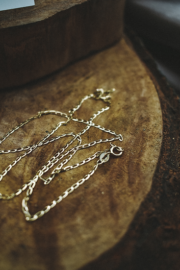Uno necklace