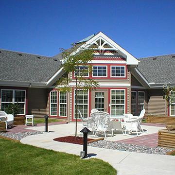 Caretel Inn - Livonia