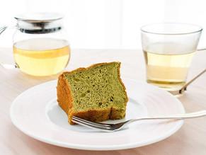 野草のシフォンケーキと野草茶
