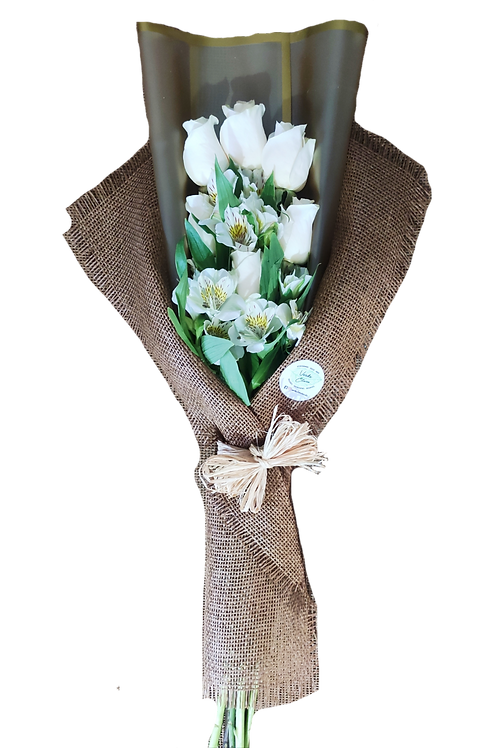Ramo de 6 rosas + alstromelias