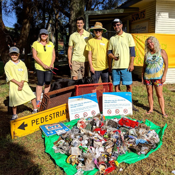 Harbord Scouts joins the Curly Community Clean Up Crew for Clean up Australia