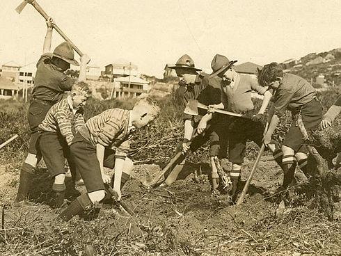 Scouts-Stewart-House-1929.jpg