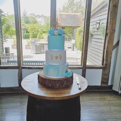 J & G Wedding Cake.jpg