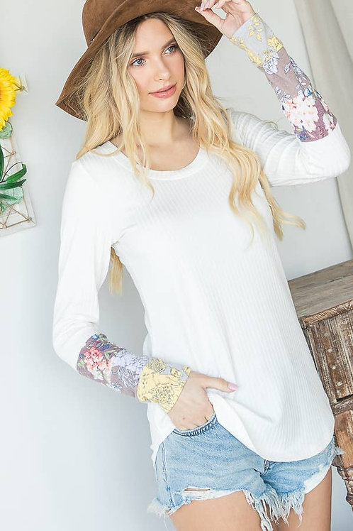 Ivory Top w Detailed Sleeve