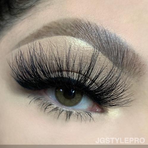 WitchyVibes x Luscious.Makeup 🖤