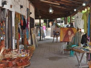 Hand Craft Market Pueblo Los Domínicos
