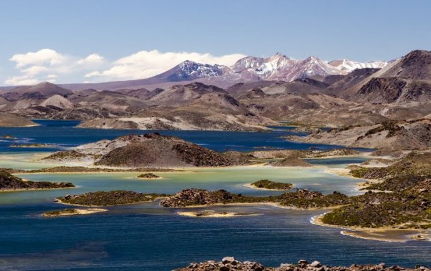 Cotacotani Lagoon