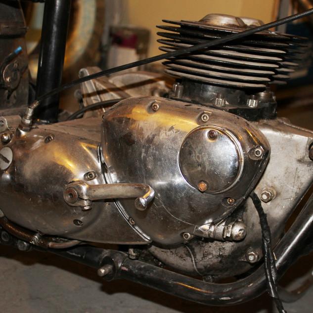 1960s 650 Triumph TR6R before