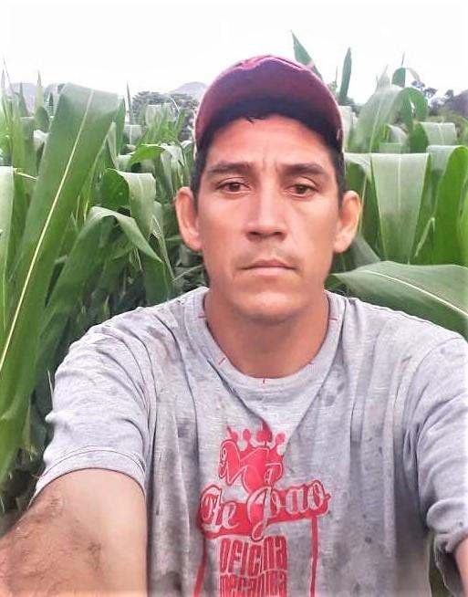 Chepe Ruiz in his cornfield in Monte el