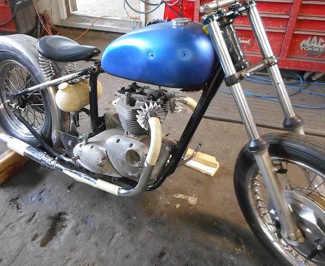 1968_Triumph_Tiger_Bobber_before3.jpg