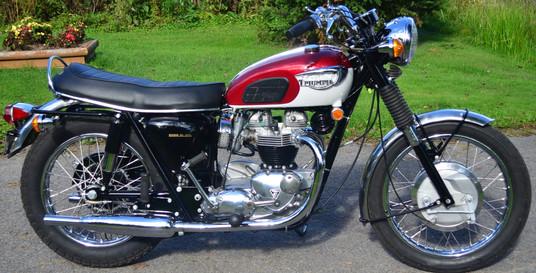 1968 650 Triumph Bonneville motorcycle -