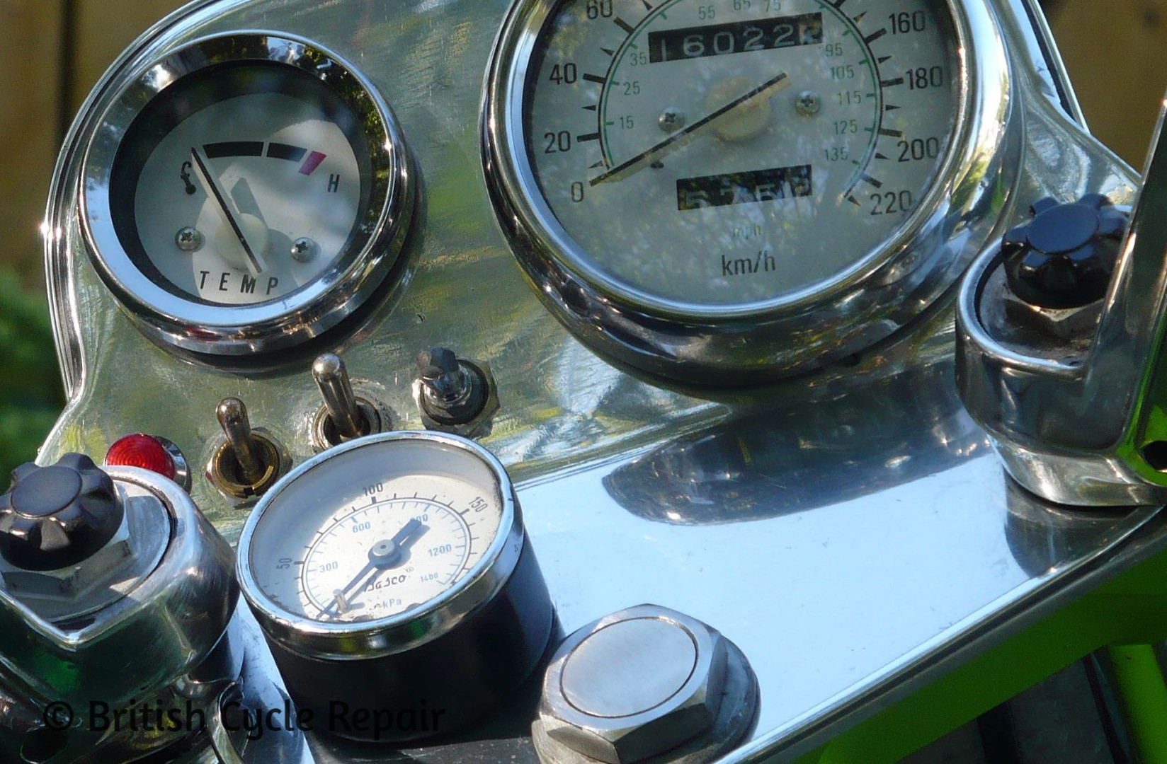 Custom controls for the Double Engine Triumph Motorcycle