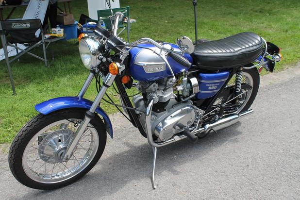 1972-triumph-bonneville