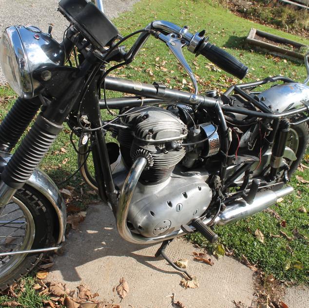 1970_650_BSA_Firebird_Don_before5.JPG