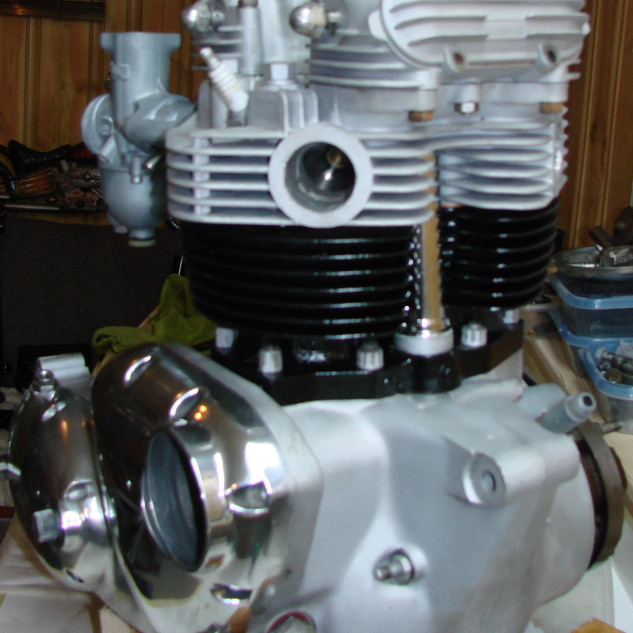 1973 Triumph Bonneville motorcycle engin